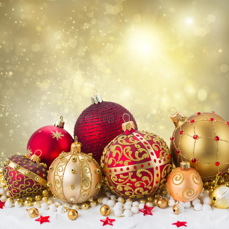 Золотистые украшения рождества стоковое изображение