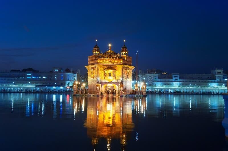 золотистый висок ночи amt Индия стоковое фото