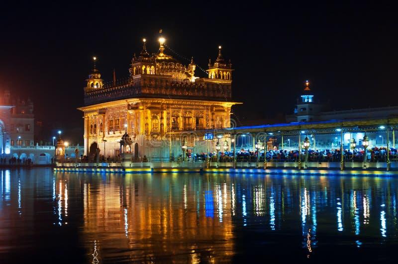 золотистый висок ночи amt Индия стоковые фото