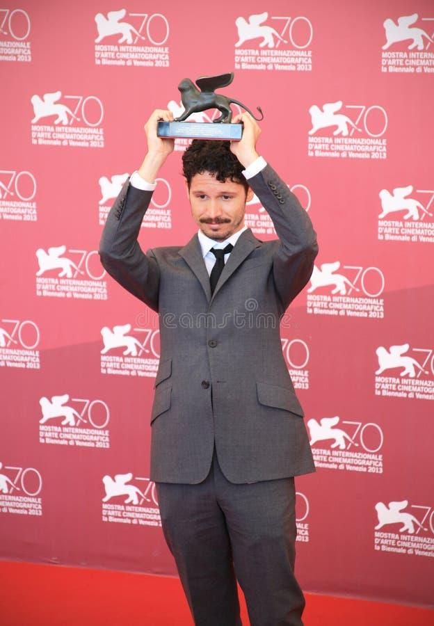 Золотой лев, выигрывая семидесятый фестиваль фильмов Венеции стоковое изображение rf