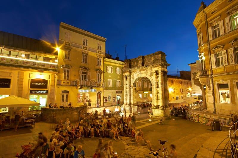 Золотой строб, старый центр города в 27-ое июля 2016 в пулах, Хорватия, стоковое фото rf
