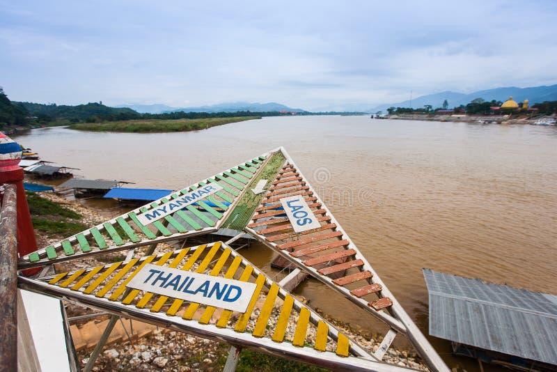 Золотой треугольник - граница Таиланда, Бирмы и Лаоса стоковая фотография