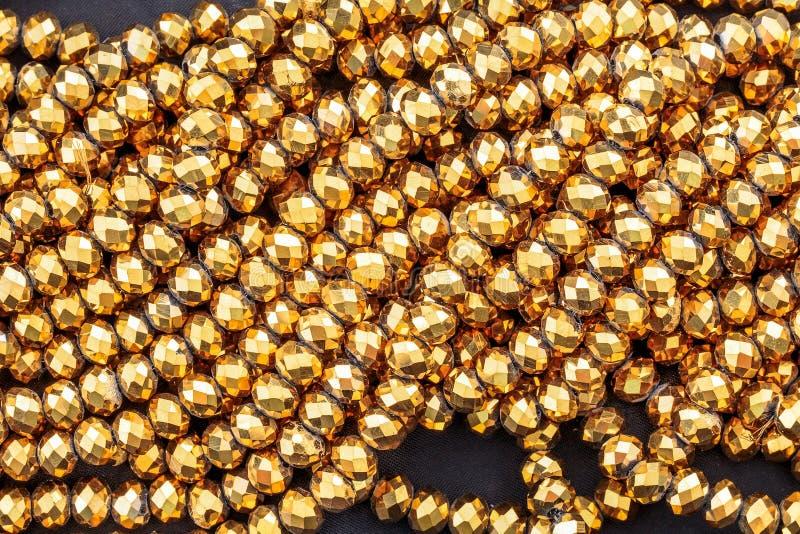 Золото отбортовывает ожерелье стоковые фотографии rf