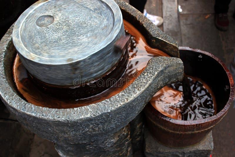 Зрелое ¼ Œhandwork manufacturingï уксуса стоковые фотографии rf