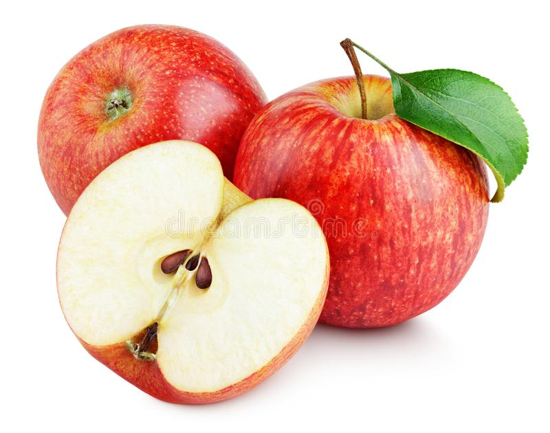 Зрелые красные яблоки с половиной и лист яблока изолированные на белизне стоковая фотография