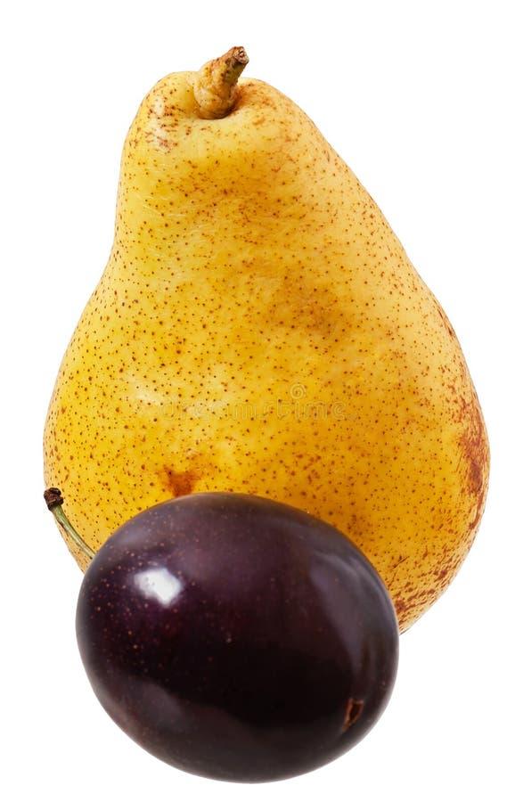 Зрелые груша и сливы стоковая фотография