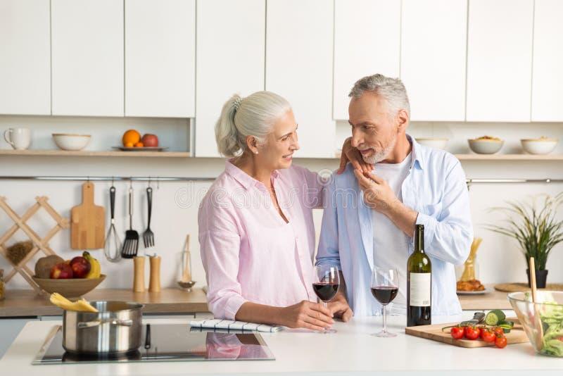 50's Plus Seniors Dating Online Services In Toronto