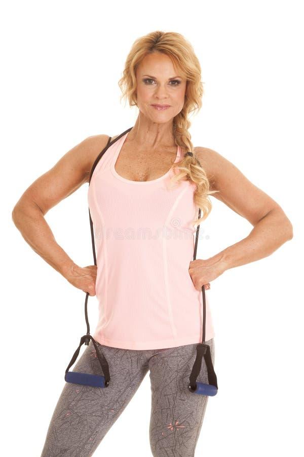 Зрелый диапазон женщины вокруг фитнеса шеи стоковая фотография rf