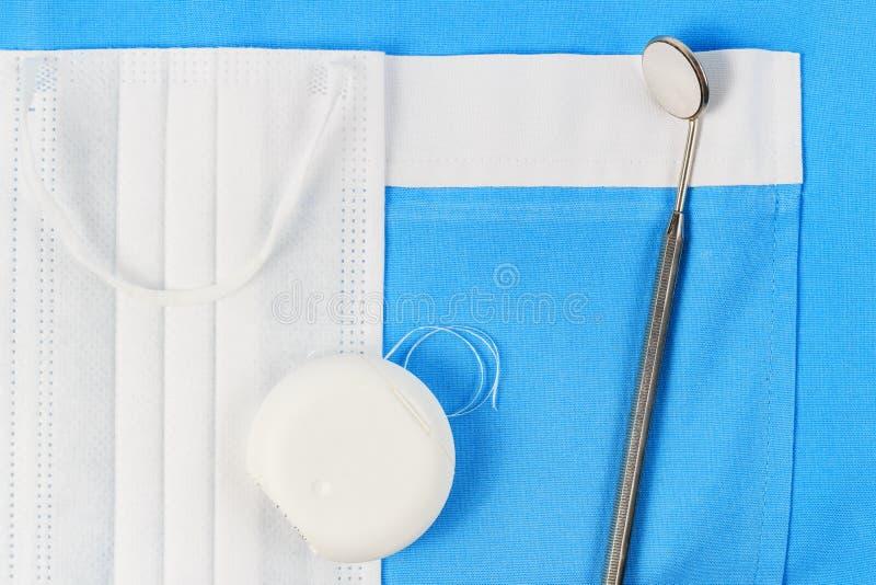 зубоврачебные инструменты зубоврачевания стоковое фото