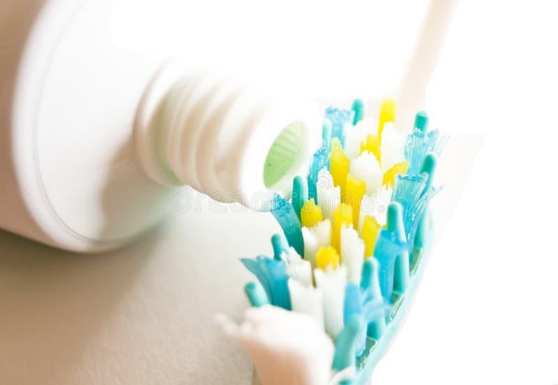зуб щетки стоковое изображение rf