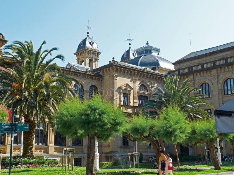 Здание здание муниципалитета San Sebastian (Donostia), Баскония Испания стоковое изображение rf