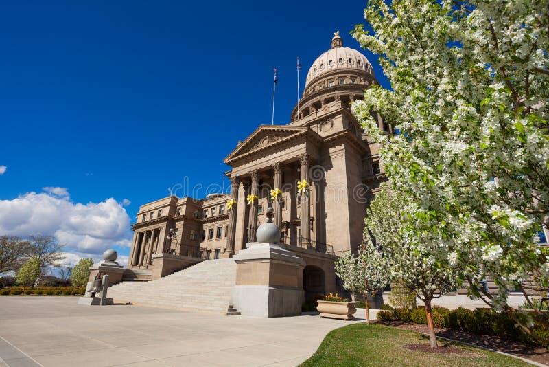 Здание капитолия в Boise украсило для пасхи стоковые фото