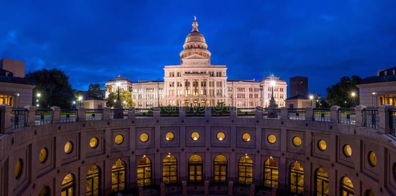 Здание капитолия положения Техаса в Остине, TX стоковое изображение rf