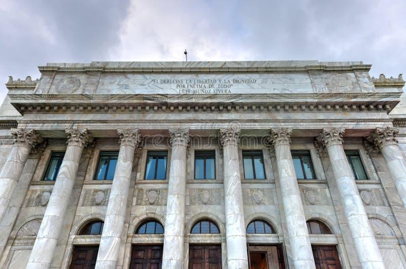 Здание капитолия Пуэрто-Рико - Сан-Хуан стоковая фотография rf