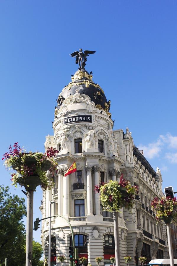 Здание метрополии. Gran через. Мадрид. Испания стоковая фотография