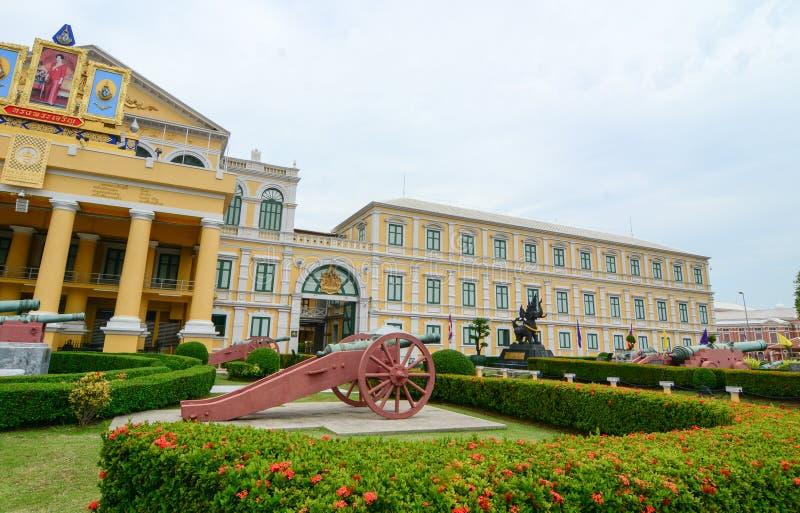 Здание Министерства Обороны в Бангкоке, Таиланде стоковые изображения