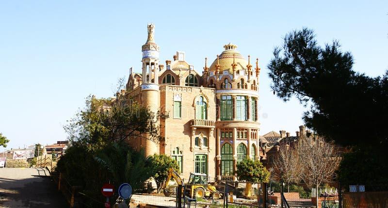 здание Модернистск-стиля комплекс больницы Санты Creu и Sant Pau стоковое фото rf
