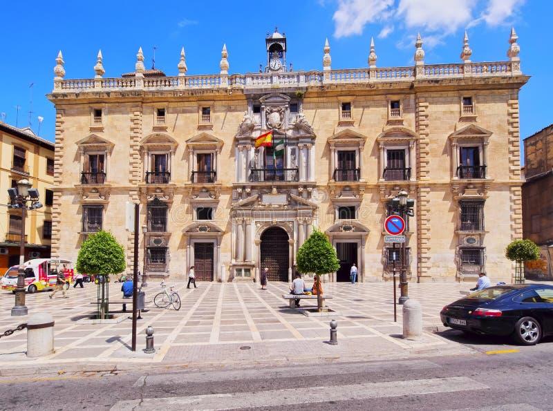 Здание муниципалитет в Гранаде, Испании стоковая фотография