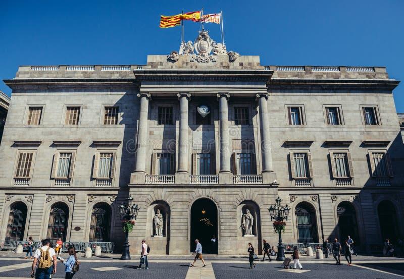 здание муниципалитет barcelona стоковое фото