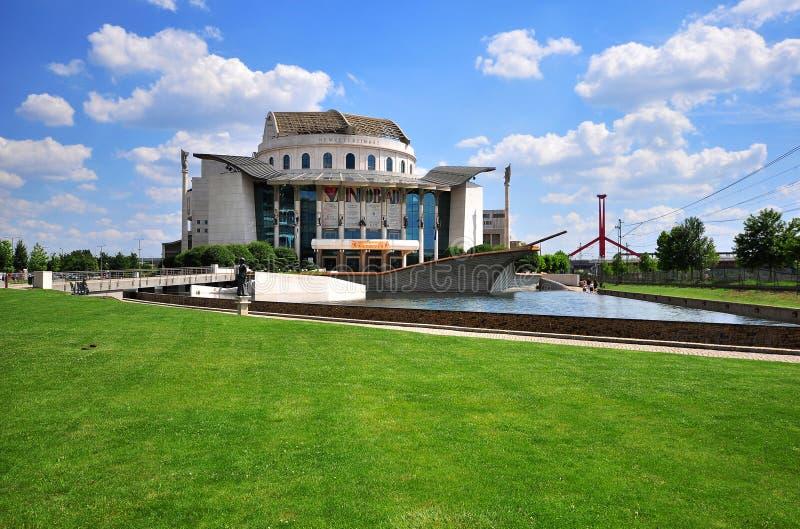 Здание национального театра в городе Будапешта, Венгрии стоковое фото rf