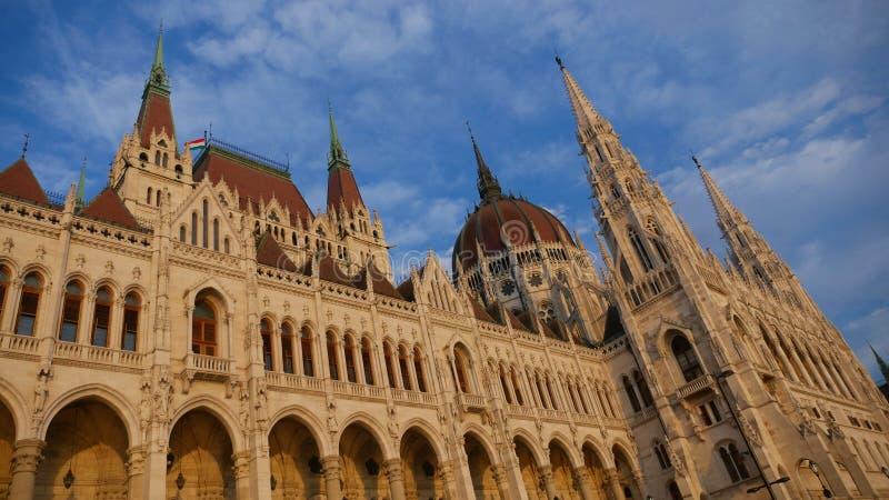 Здание парламента в Budapes стоковые изображения rf