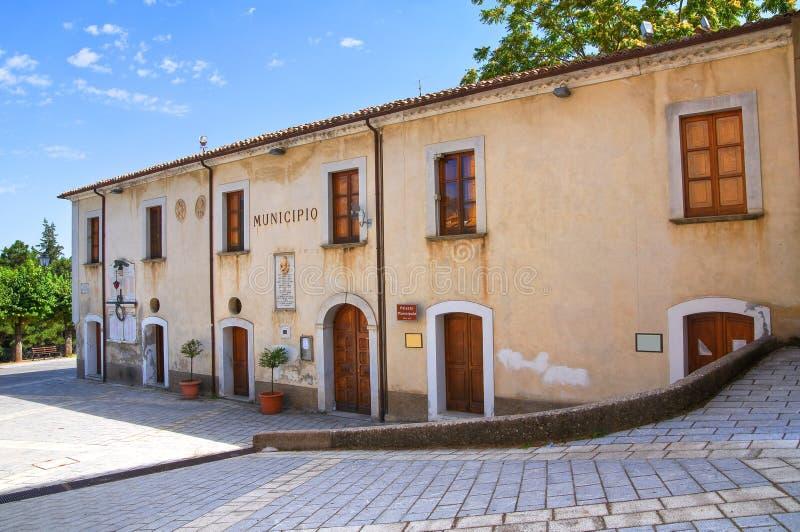 Здание ратуши Morano Calabro Калабрия Италия стоковые фото