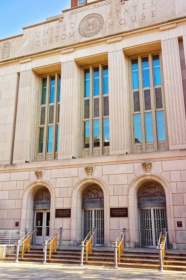 Здание таможни Соединенных Штатов в улице каштана в Philad стоковые изображения rf