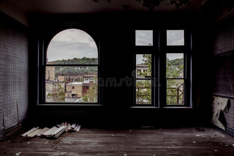 Здание Brookes - восточный Ливерпуль, Огайо стоковое изображение