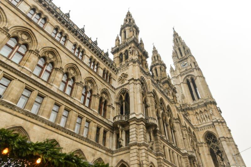 Здание Rathaus (ратуши) в вене стоковое изображение