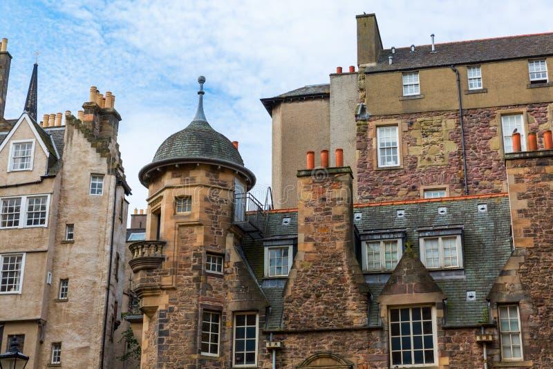 Здания на даме Лестнице Закрывать в Эдинбурге стоковая фотография rf