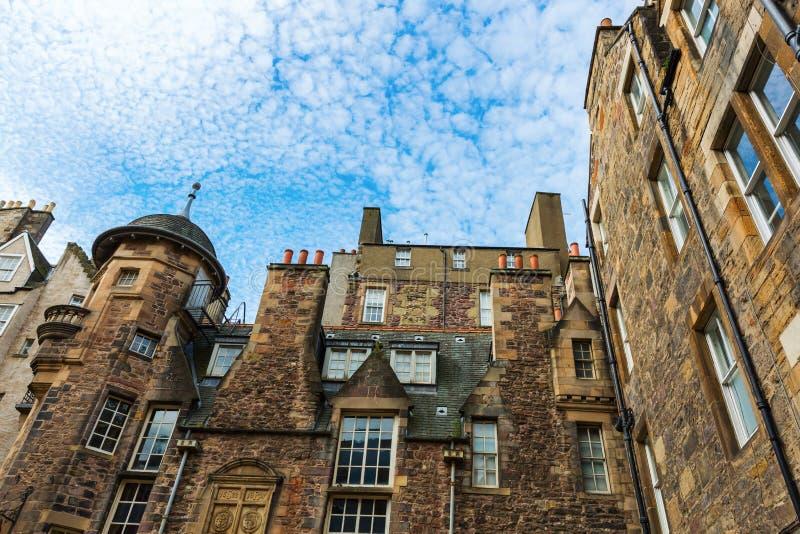 Здания на даме Лестнице Закрывать в Эдинбурге стоковая фотография