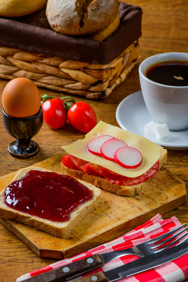 Здоровая еда завтрака стоковая фотография