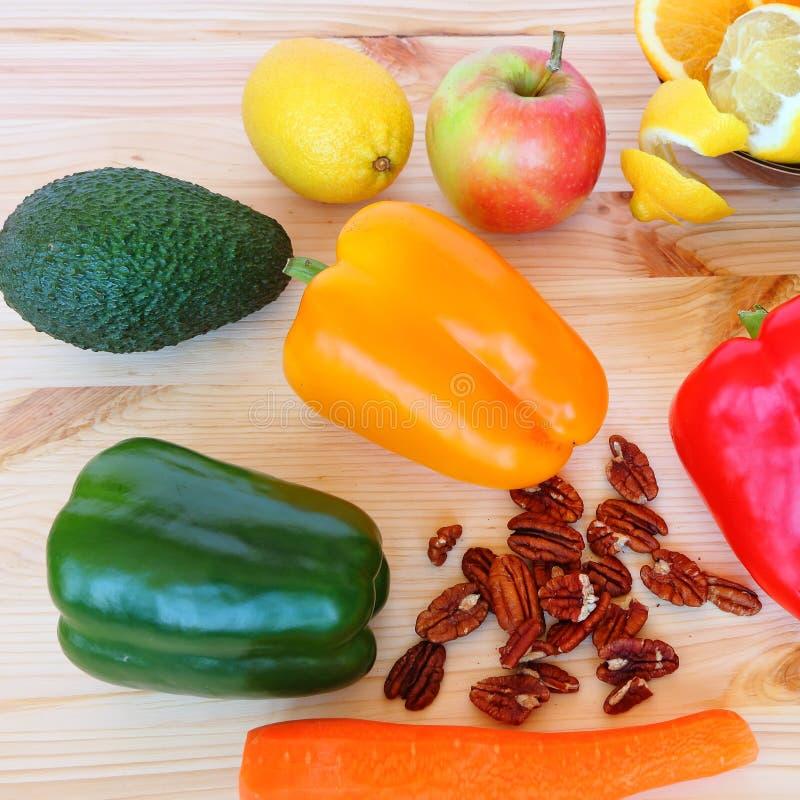Здоровая еда - здоровая жизнь стоковая фотография rf
