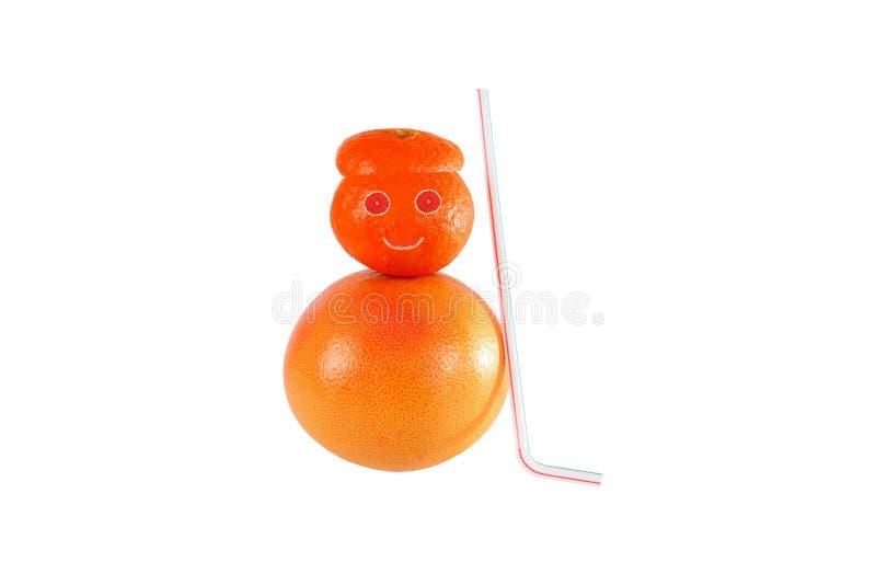 Здоровая еда. Смешной снеговик сделанный оранжевых кусков. стоковые изображения rf