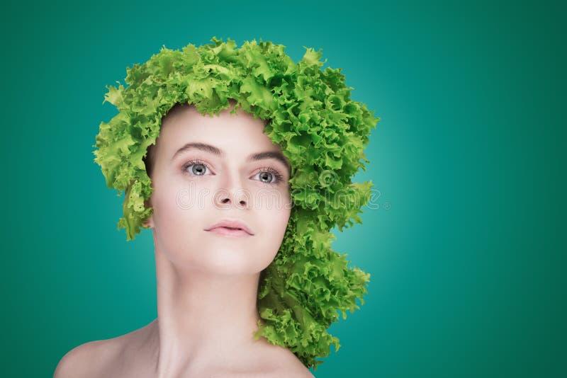 Здоровая концепция еды, диета, вегетарианская еда вокруг номеров измерения дисплея принципиальной схемы смычка пробела предпосылк стоковые фотографии rf