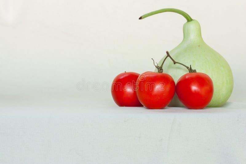 Здоровая студия еды изолированная над белизной стоковая фотография
