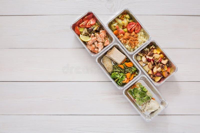 еда в контейнере вид сверху главное, они легкие