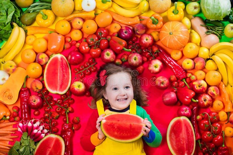 Здоровое питание фрукта и овоща для детей стоковое фото