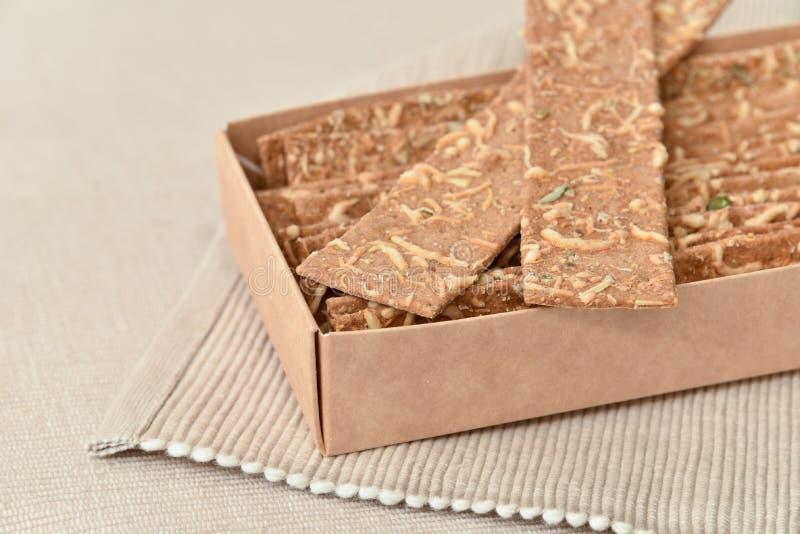 Здоровые хрустящие корочки хлеба стоковые изображения rf