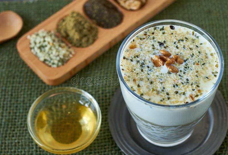 Здоровый smoothie vegan стоковое фото rf