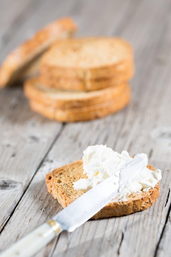 Download здравица сыра стоковое изображение. изображение насчитывающей изолировано - 40583577