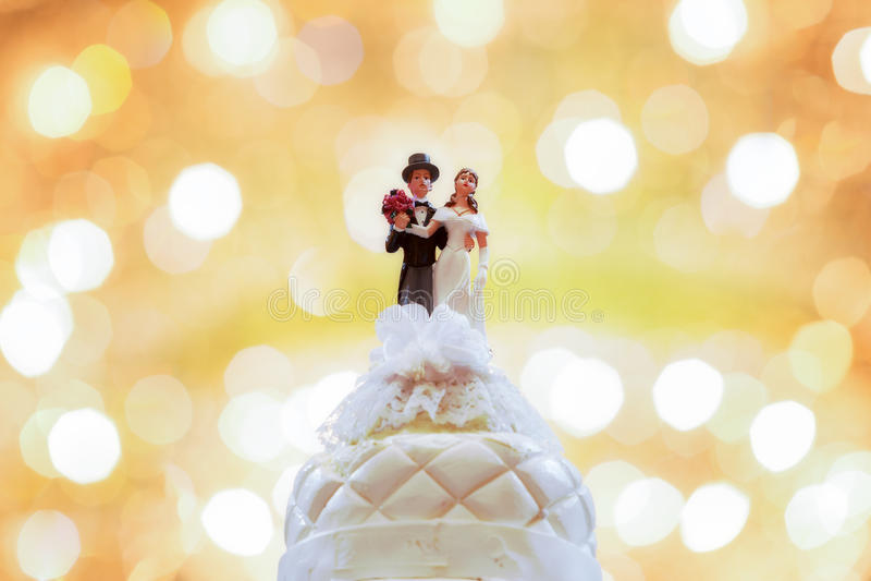 диаграммы венчание торта невесты groom стоковые фото