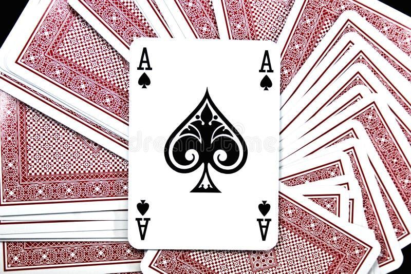 Download играть карточки стоковое фото. изображение насчитывающей бело - 6852790