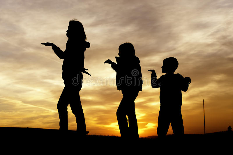 Играть мати и детей. стоковая фотография