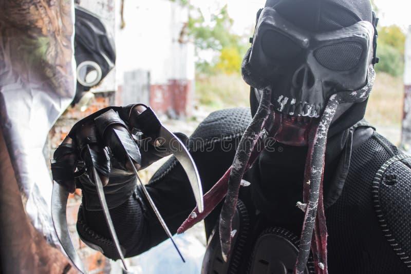 Игра Сталкера изверга Bloodsucker cosplay стоковые фото