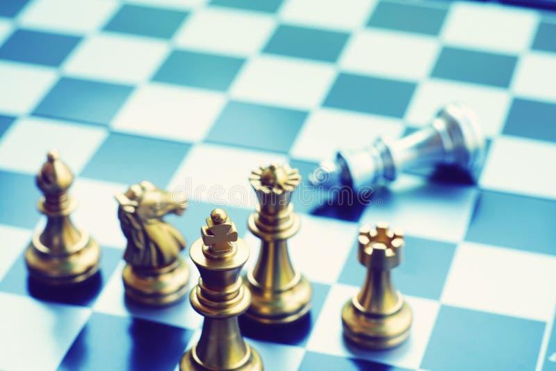 Игра шахматной доски, концепция дела конкурсная, космос экземпляра стоковое фото rf