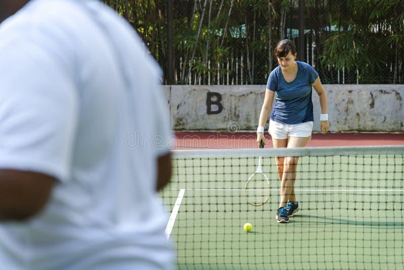 2 игрока в спичке тенниса стоковая фотография rf