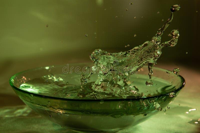 Игрок выплеска водного поло стоковая фотография rf
