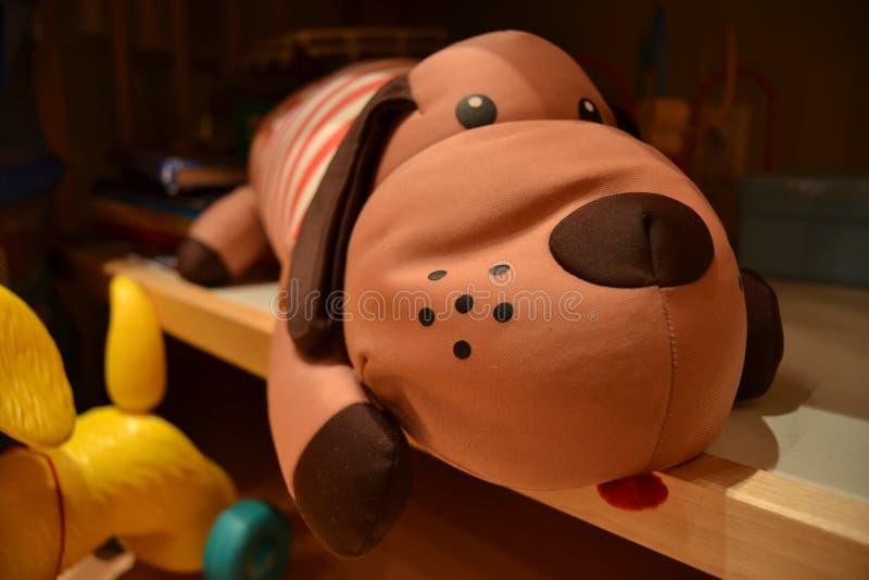 Игрушка собаки стоковые фотографии rf