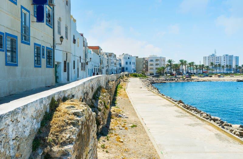 Идите вдоль моря, Mahdia, Туниса стоковое изображение